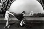 robert-doisneau-1943-le-remorqueur-du-champ-de-mars-resized-1