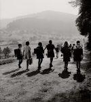 robert-doisneau-ecoliers-wangenbourg-1945