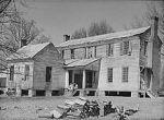 220px-Pettway_Plantation_Gees_Bend_Alabama