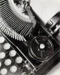 modotti_typewriter